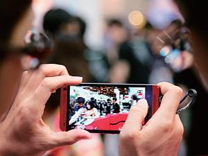 新款手機上市 何時購買最划算?