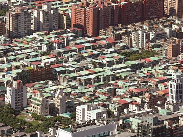 大台北》頂樓加蓋價格跌10%