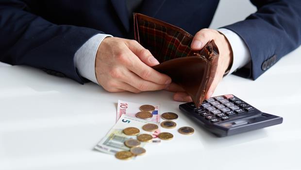 錢包理財術》有錢人累積財富的4個祕訣:學起來,讓你1年存百萬!