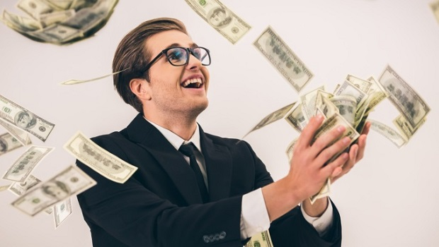 低成本存退休金》「全民退休投資專案」上路,買基金免手續費、管理費再省一半!