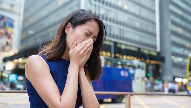 不抽菸也可能罹患肺腺癌?陳文茜、市長夫人都得過…癌症給付4大險怎麼買報你知!