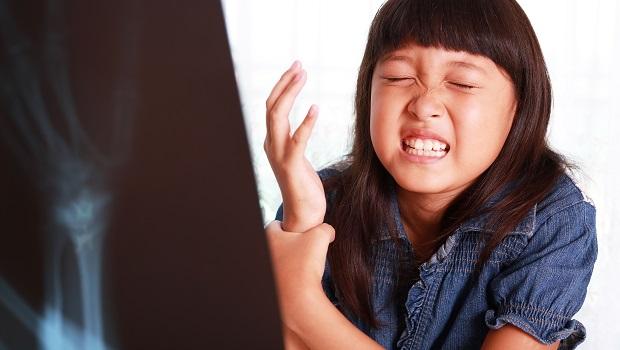 開學日必知》學保每學期只繳100多元理賠超多 發燒、校外受傷都賠!