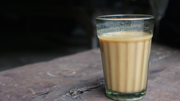 早餐店奶茶裡面沒有奶?白色神秘「奶罐」大揭密,原來內部含有這些成分...