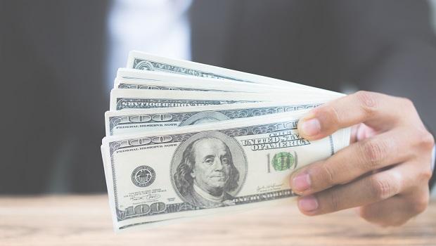 美國知名投資銀行:美元變得愈來愈有吸引力,現金競爭力不輸股票!