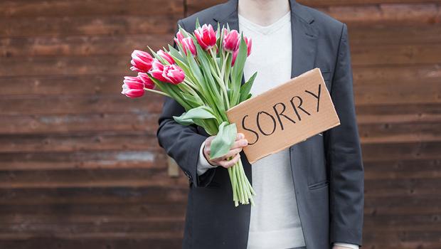 在國外可不要只會說I'm sorry!  從小錯誤到正式道歉的英文怎麼說?