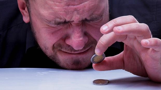 保費繳一輩子VS.集中20年繳完,哪個划算?業務沒告訴你的祕密:通膨讓現在繳的保費最貴!
