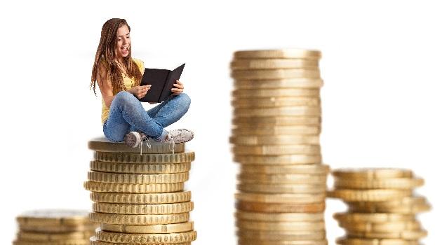 艾蜜莉無痛存錢3招》每月發薪日先付給自己、讓錢愈來愈多!