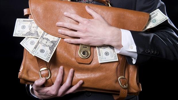 壽險股無力配息》2大指標精選3檔「金雞母」銀行股,存股領息賺飽飽!