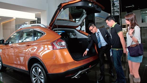 挑對新款小型跨界SUV 效能、安全更有保障