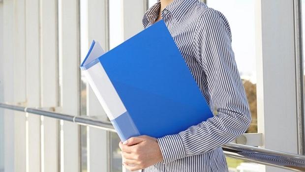 年薪中位數出爐,49萬元才達標…「高學歷」和「大公司」就職者,最吃香!