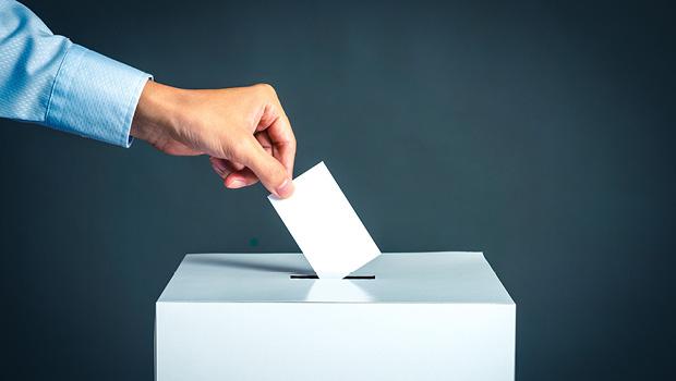 高雄市長將進行補選,如何用英文聊選舉、罷免投票?