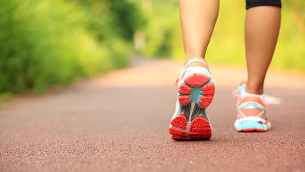 近年路跑活動興盛!marathon不只代表長跑,還能用來表示長時間追劇
