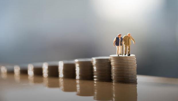 你以為退休後生活變簡單,開銷就會減少?低估5大風險,小心老了才發現錢不夠用