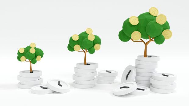 為什麼巴菲特能成為最偉大的投資家?奉行長期持股達30年,他用時間見證複利的力量