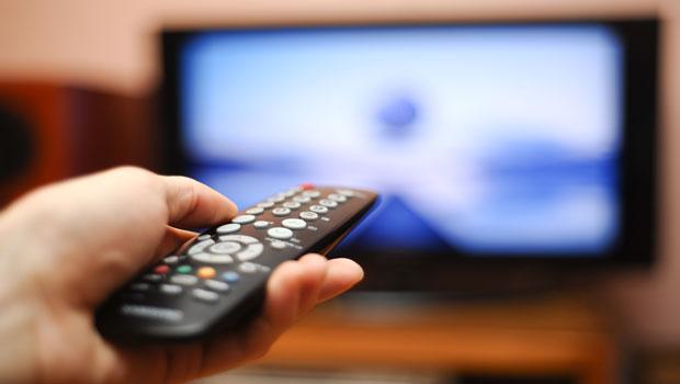 一回到家就想開電視或電玩?小心生活愈來愈散漫馬虎!