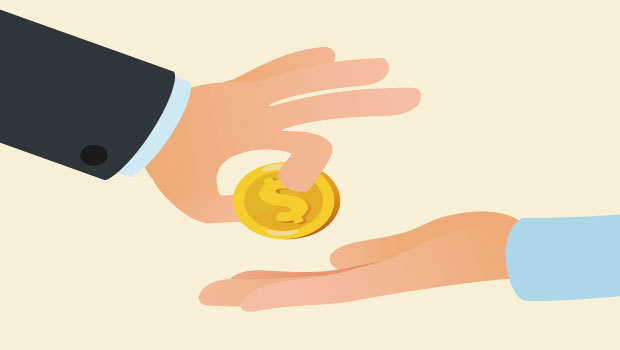 曾數度借錢給別人,也曾借錢碰壁,他醒悟:不論借錢給人還是向人借錢,都要先做好心理建設