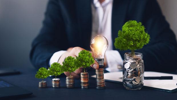 想存錢投資又怕自己堅持不住?掌握3階段領息心法,就能愈理財愈輕鬆!