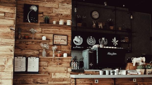 不想只領死薪水、自己開間咖啡店當老闆更好嗎?進場前,看完這3點再決定也不遲