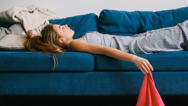 不婚不生、不再買車買房,為什麼愈來愈多年輕人選擇「躺平」?了解標籤背後的價值差異很重要