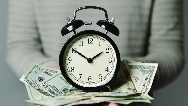 100萬存儲蓄險6年才賺3萬元,年金險領到110歲更好?達人:年金險適合做退休規畫!