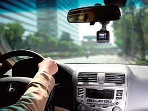 4大功能解析 買對行車紀錄器