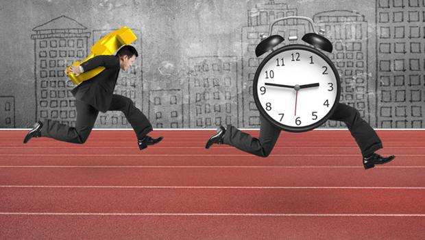 債券基金配息當退休金,沒有複利效果?怪老子:退休前、後的理財目標不一樣