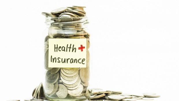 一輩子保費壓縮在20年繳完真的划算嗎?終身醫療險解約率逾7成、一旦解約就是全損失