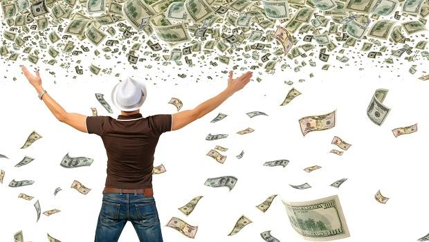 美國聯準會開始「直升機撒錢」,孩子問:我們該去哪裡撿錢呢?
