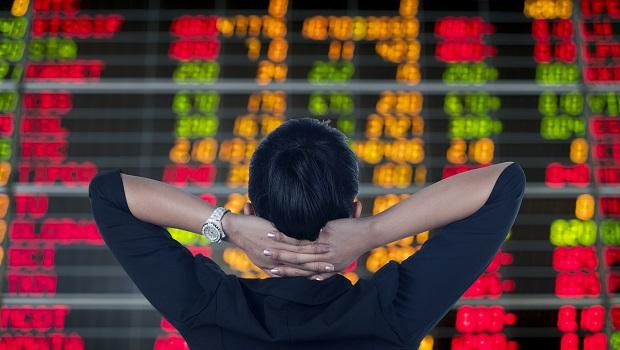 用量化交易平台提高投資效益